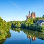 Een aantal mooie vakantieparken tussen de heuvels van Limburg